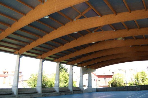 Foto de madera laminada encolada - Estructura madera laminada ...